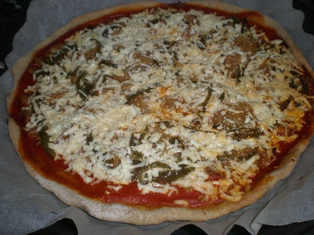 77yELZ - Pizza con paté de aceitunas verdes